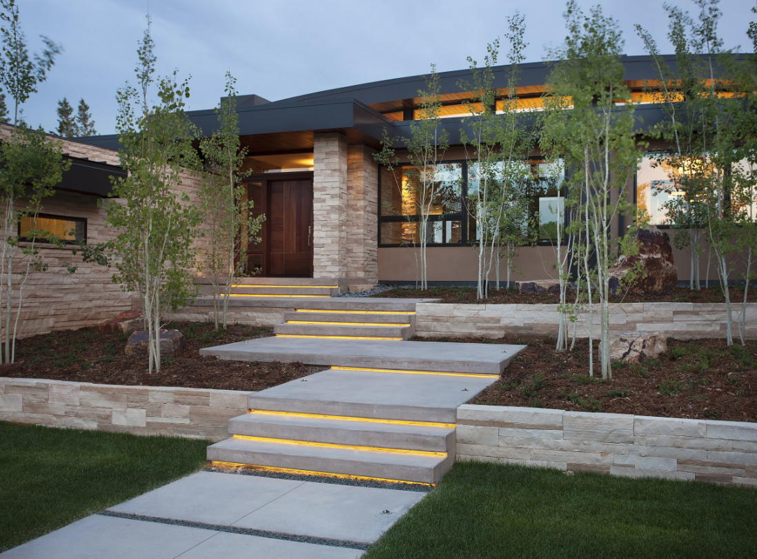 "Image courtesy of <a href=""https://www.houzz.com/photo/1476126-boulder-contemporary-contemporary-exterior-denver"">Houzz</a>"
