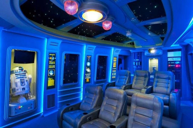 This show-stopping media room looks like the inside of the Millennium Falcon.