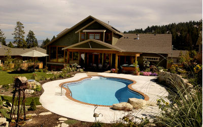 Which pool shape should you choose? Inspirations for Kelowna pools